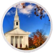 Sturbridge Church In Autumn Round Beach Towel