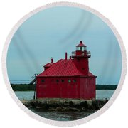 Sturgeon Bay Lighthouse Round Beach Towel