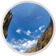 Sumidero Canyon Sky Round Beach Towel