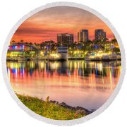 Summer In The City Round Beach Towel