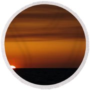 Sun Setting In The Water Round Beach Towel