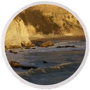 Sundown At Dinosaur Caves Round Beach Towel