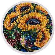 Sunflowers Bouquet In Vase Round Beach Towel