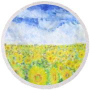 Sunflowers In A Field In  Texas Round Beach Towel