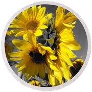 Yellow Selected Sunflowers Round Beach Towel