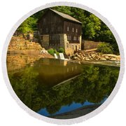 Sunny Refelctions In Slippery Rock Creek Round Beach Towel