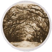 Sunny Southern Day With Old World Framing Round Beach Towel