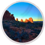 Sunrise At Arches National Park Round Beach Towel