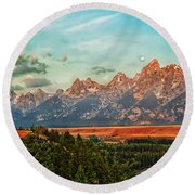 Sunrise At Grand Tetons Round Beach Towel