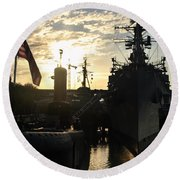 Sunrise At The Naval Base Silhouette Erie Basin Marina V6 Round Beach Towel