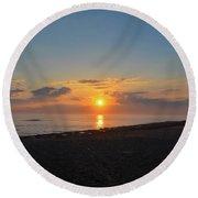 Sunrise At The Shore Round Beach Towel