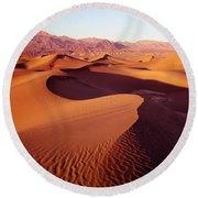 2a6856-sunrise On Death Valley Round Beach Towel