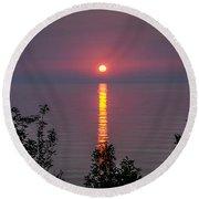 Sunrise On Middle Island Round Beach Towel