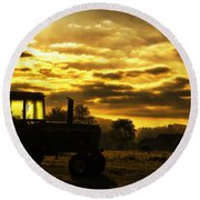 Sunrise On The Deere Round Beach Towel