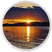 Sunrise On Yellowstone Lake Round Beach Towel