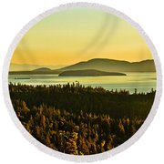 Sunrise Over Bellingham Bay Round Beach Towel