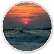Sunrise Over Waves Round Beach Towel