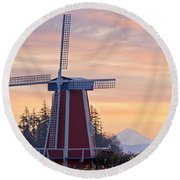 Sunrise Over Wooden Shoe Tulip Farm And Round Beach Towel