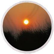 Sunrise Through The Tall Grass Round Beach Towel