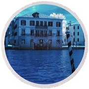 Sunset At The Hotel Canal Grande Venice Italy Near Infrared Blue Round Beach Towel