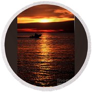 Sunset Boaters Round Beach Towel