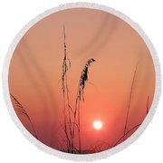 Sunset In Tall Grass Round Beach Towel