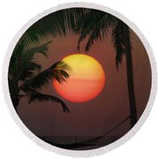Sunset In The Keys Round Beach Towel