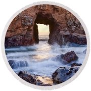 Sunset On Arch Rock In Pfeiffer Beach Big Sur California. Round Beach Towel