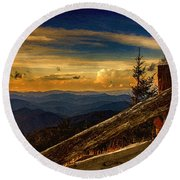 Sunset On Top Of Mount Mitchell Round Beach Towel