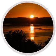 Sunset On Winnesheik Round Beach Towel