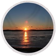 Sunset Over Frozen Wachusett Reservoir 2 Round Beach Towel