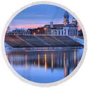 Sunset Over The Clinton County Courthouse Round Beach Towel