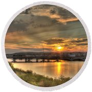Sunset Over The Great Falls Round Beach Towel