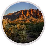 Sunset View Of The Superstitions  Round Beach Towel