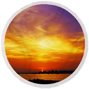 Supersaturated Solution Round Beach Towel