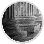 Supreme Court Columns Black And White Round Beach Towel