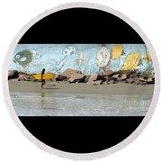Surfer Beach 1034b Round Beach Towel