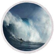 Surfing Jaws Surfing Giants Round Beach Towel