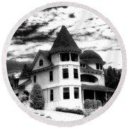 Surreal Black White Mackinac Island Michigan Infrared Victorian Home Round Beach Towel