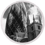 Swiss Re Tower In London Round Beach Towel