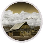 T.a. Moulton Barn In The Grand Tetons Round Beach Towel