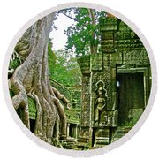 Ta Prohm And Tree Invasion In Angkor Wat Archeologial Park Near Siem Reap-cambodia Round Beach Towel