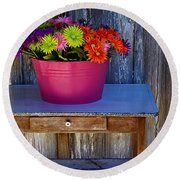 Table Top Flowers Round Beach Towel