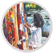 Tahitian Girl With Pareos Round Beach Towel