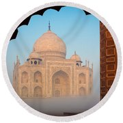 Taj Mahal Dawn Round Beach Towel