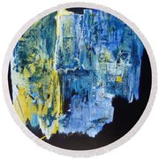 Tales Of A City Round Beach Towel