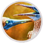 Talking Birds Round Beach Towel