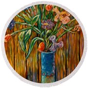 Tall Blue Vase Round Beach Towel