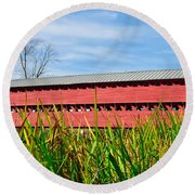 Tall Grass And Sachs Covered Bridge Round Beach Towel
