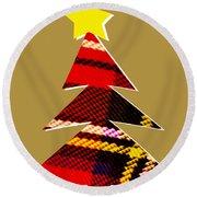 Tartan Christmas Tree On Gold Round Beach Towel